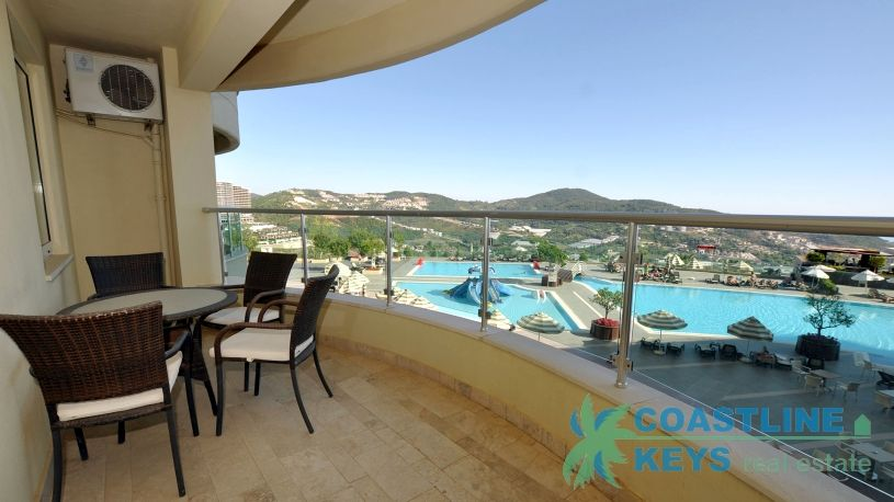Furnished 1-bedroom apartment in Gold City, Alanya title=
