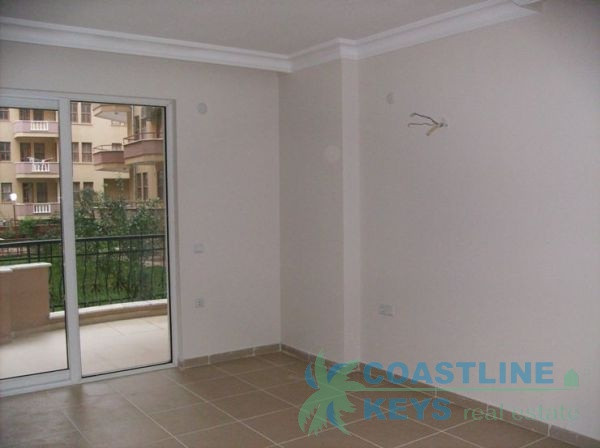 2 bedroom apartments close to beach title=