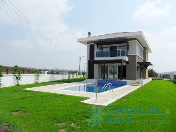 Villas in Side with perfect location title=