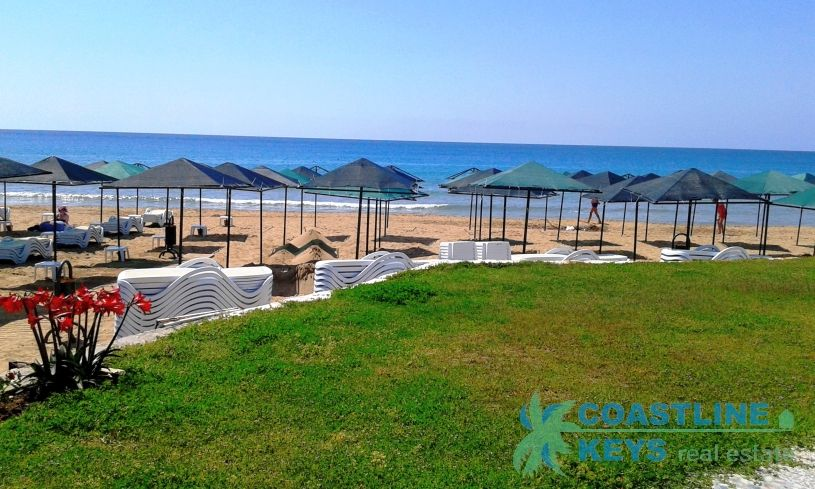 3-bedroom villa near the sea in Avsallar title=
