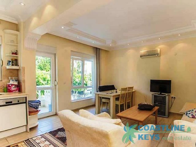 Apartment near Cleopatra beach with beautiful sea view title=