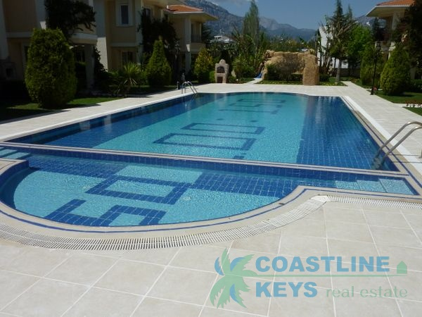 Villa for rent in Kemer title=