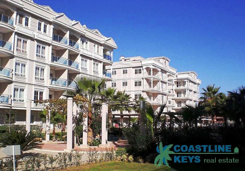 3-bedroom apartment in the elite residence in Antalya title=
