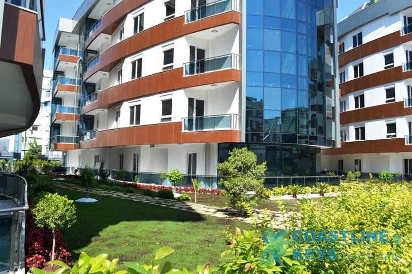 Luxurious apartments in Antalya with sea view title=