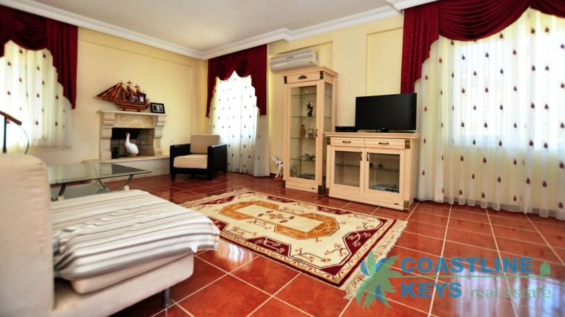 Furnished villa with 3 bedrooms in Kargicak title=
