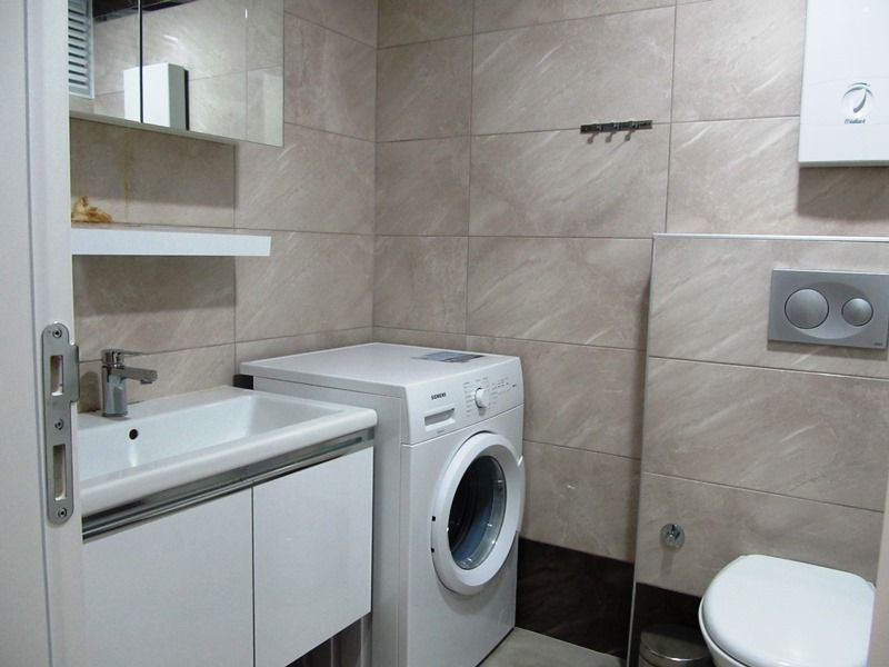 Furnished 1-bedroom apartment in Kestel title=