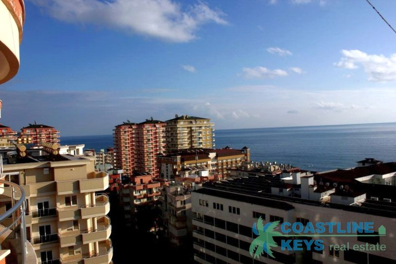 Penthouse 5+1 with nice view in Mahmutlar title=