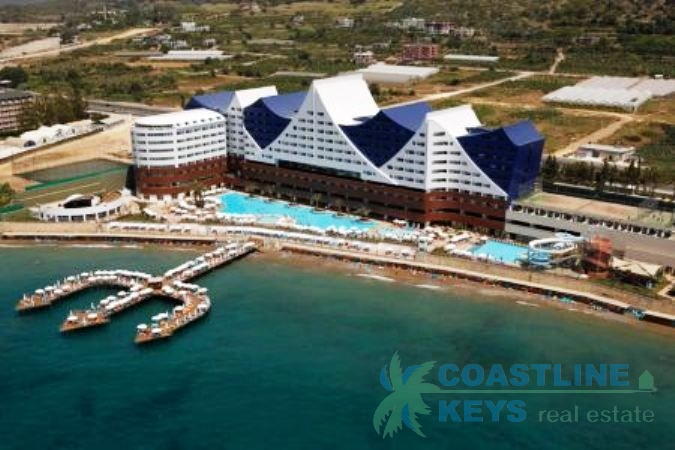 Deluxe hotel for sale in Alanya title=
