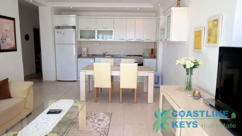 Furnished 2 bedroom apartment in Alanya city title=