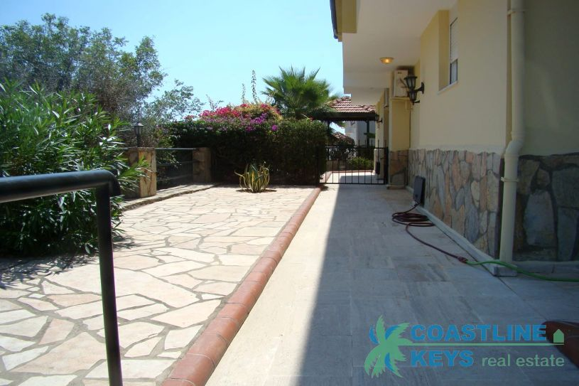 Furnished villa 2+1 in Alanya title=