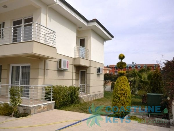 2 bedroom apartment in Kemer, near the sea title=