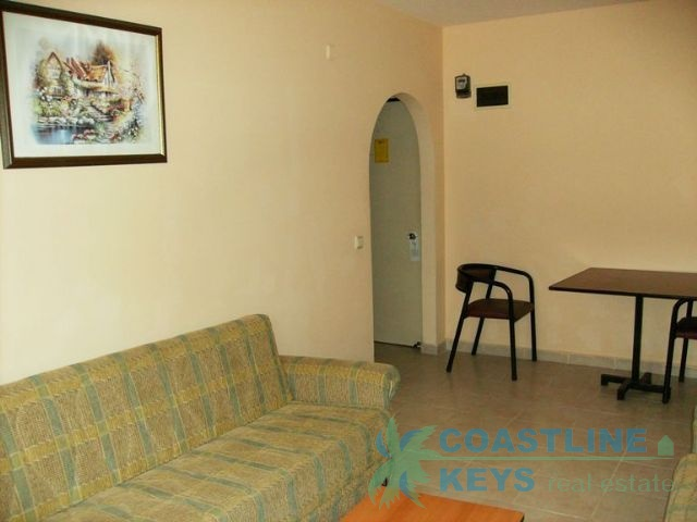 Resale apartment in the very center of Oba title=