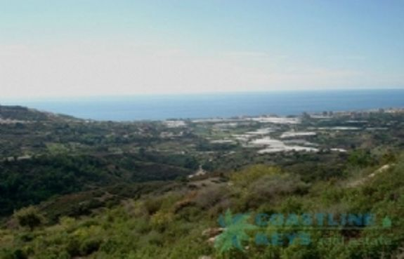 Land for sale in Alanya with sea view title=