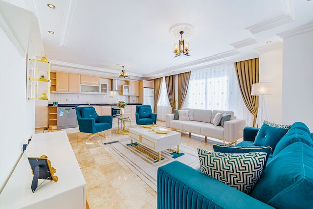 Large 2 + 1 apartment in Alanya! title=