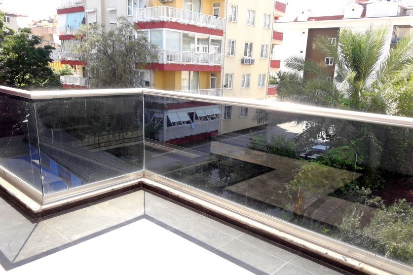 1-bedroom apartment near the Balik Pazar in Alanya title=