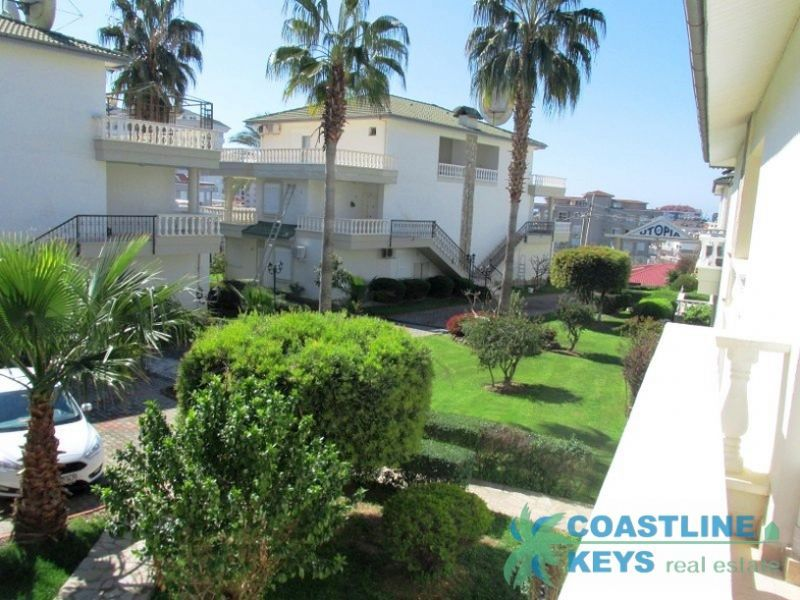 Furnished 3-bedroom duplex in Alanya city title=