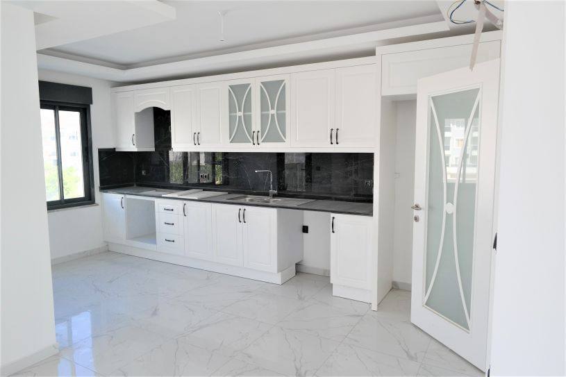 New apartments in Kestel with sea view title=