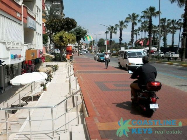 Commercial property in center of Alanya title=